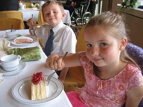 Schwab Wedding Kids Eating Cake jpg